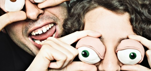 clay-eyes-laughing-couple