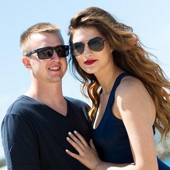 shades_couple