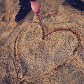 heart sand What Men Want   5 Things He Wants In A Soulmate