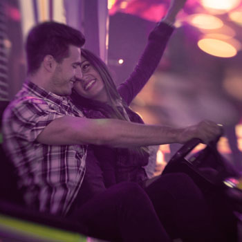 carnival How to KNOW If a Guy Likes You – 11 Signs to Tell for Sure