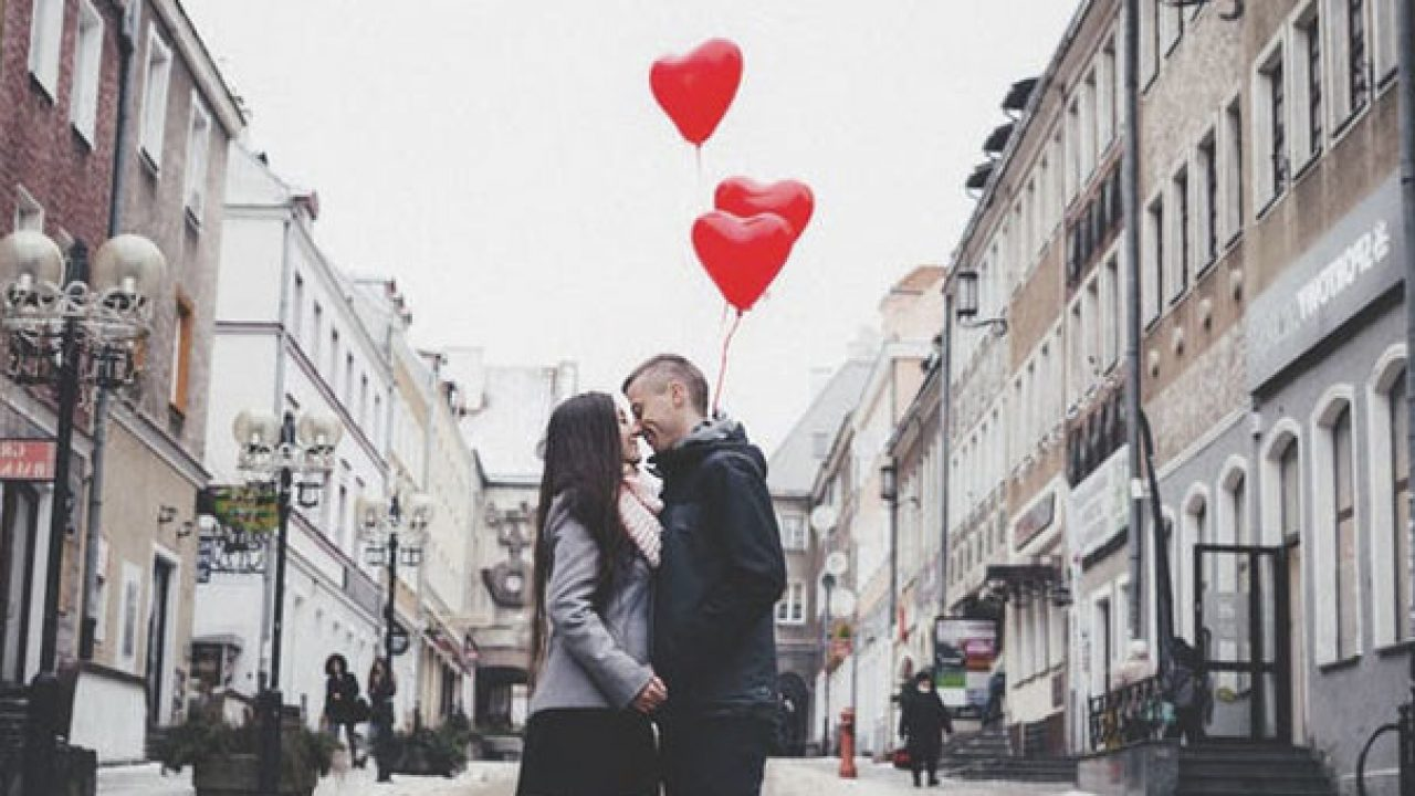Finding Your Soulmate - 7 Signs You've Found The ONE
